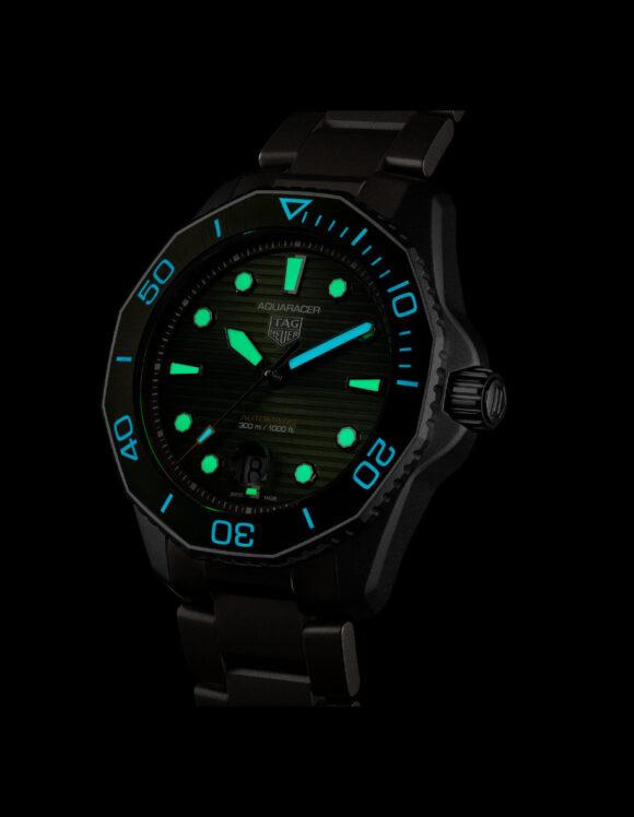 30616 - Tag Heuer Aquaracer Professional 300